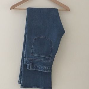 GAP Low Rise Boot Cut Stretch Jeans